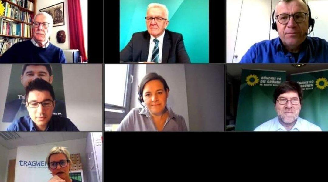 Ministerpräsident Kretschmann tauscht sich online mit Ehrenamtlichen aus